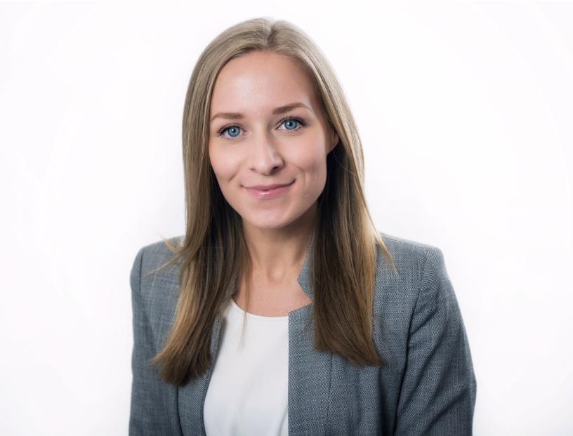Julia-Olina Öster